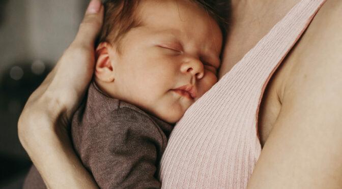 On ne réveille pas un bébé qui dort
